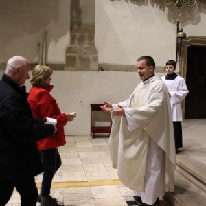 Svätá omša za manželov s obnovou manželských sľubov a adorácia